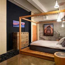 Contemporary Bedroom by Susan Diana Harris Interior Design