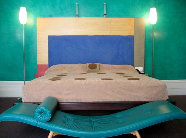 Contemporary Bedroom by Scott Weston Architecture Design PL