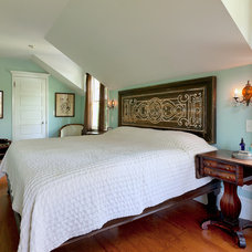 Traditional Bedroom by Arc Photography