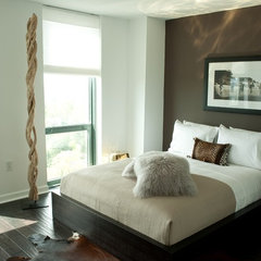 modern bedroom by MaRae Simone Interiors, LLC
