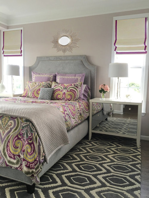 chambre avec un sol en vinyl et un mur violet photos et. Black Bedroom Furniture Sets. Home Design Ideas