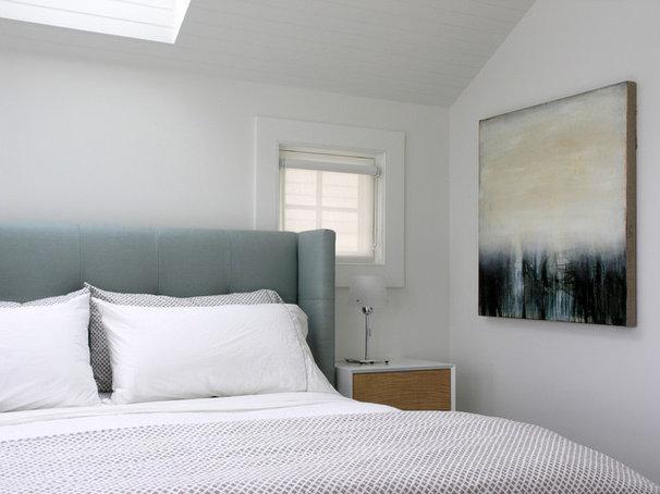 Contemporary Bedroom by GDG Designworks