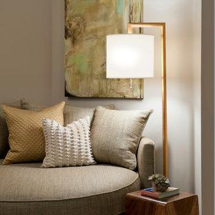 Bedroom - contemporary bedroom idea in Miami