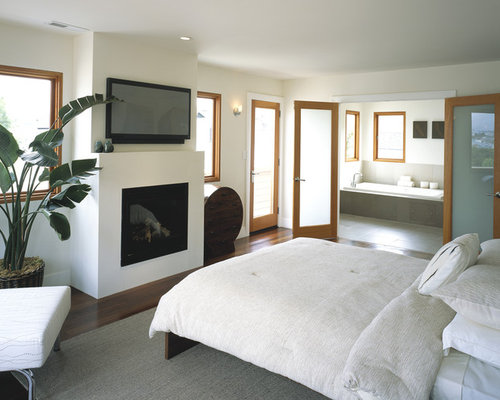 inspiration for a contemporary bedroom remodel in san francisco with