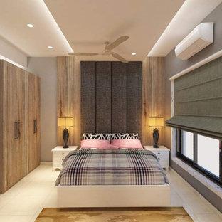 Diseño de dormitorio principal y papel pintado, actual, de tamaño medio, papel pintado, con paredes grises, suelo de baldosas de cerámica, suelo blanco y papel pintado