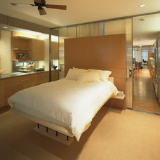 Contemporary Bedroom by Resolution: 4 Architecture