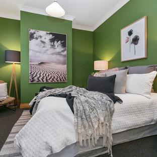 Idée De Décoration Pour Une Chambre Avec Moquette Design Avec Un Mur Vert  Et Un Sol