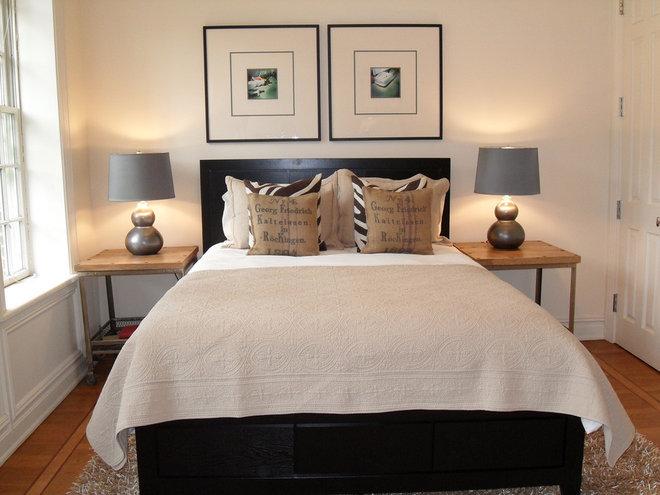 Contemporary Bedroom by studio D