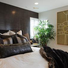 Contemporary Bedroom by Treasures Interior Design Inc.
