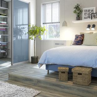 Idées déco pour une chambre contemporaine de taille moyenne.