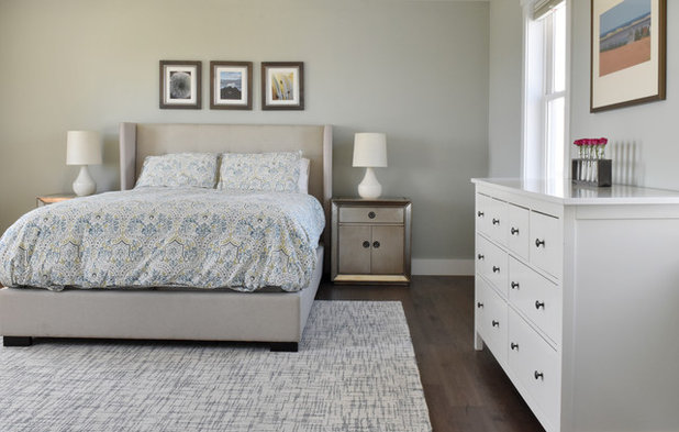 Transitional Bedroom by Design Fixation [Faith Provencher]