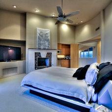 Contemporary Bedroom by Fratantoni Luxury Estates