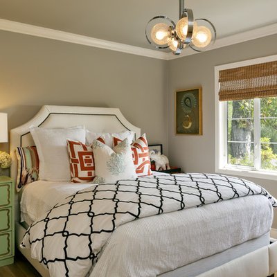 Inspiration for a contemporary guest bedroom remodel in San Francisco with gray walls