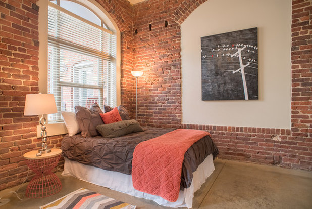 Industrial Bedroom by Anchor's Interiors