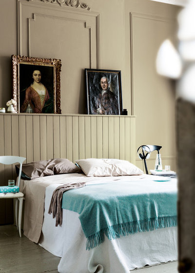Traditional Bedroom by Dulux