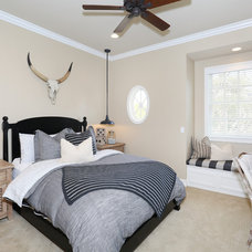 Traditional Bedroom by Blackband Design