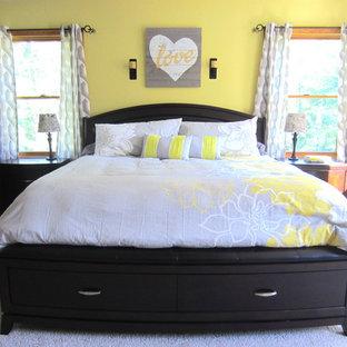 他の地域のコンテンポラリースタイルのおしゃれな寝室 (黄色い壁) のインテリア