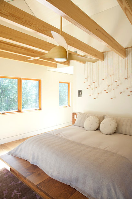 Contemporary Bedroom by Actual Size Projects