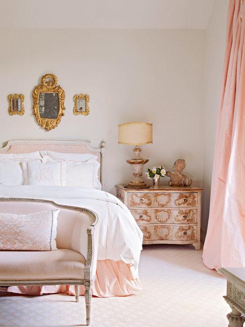 Camera da letto shabby-chic style con moquette - Foto e Idee per ...