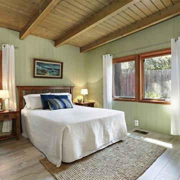 Cozy bedroom, Mission meets vintage