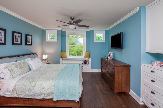 Transitional Bedroom by CG&S Design-Build