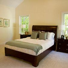 Craftsman Bedroom by Beechwood Builder Ins