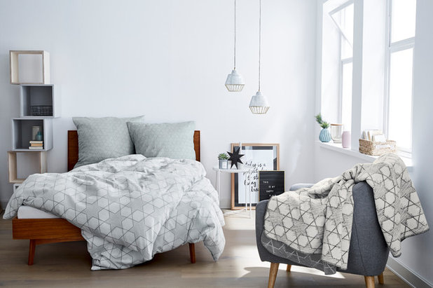 Scandinavian Bedroom by IBENA Interior Textil GmbH