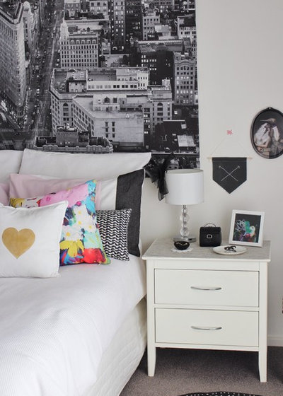 Eclectic Bedroom by RedAgape Blog