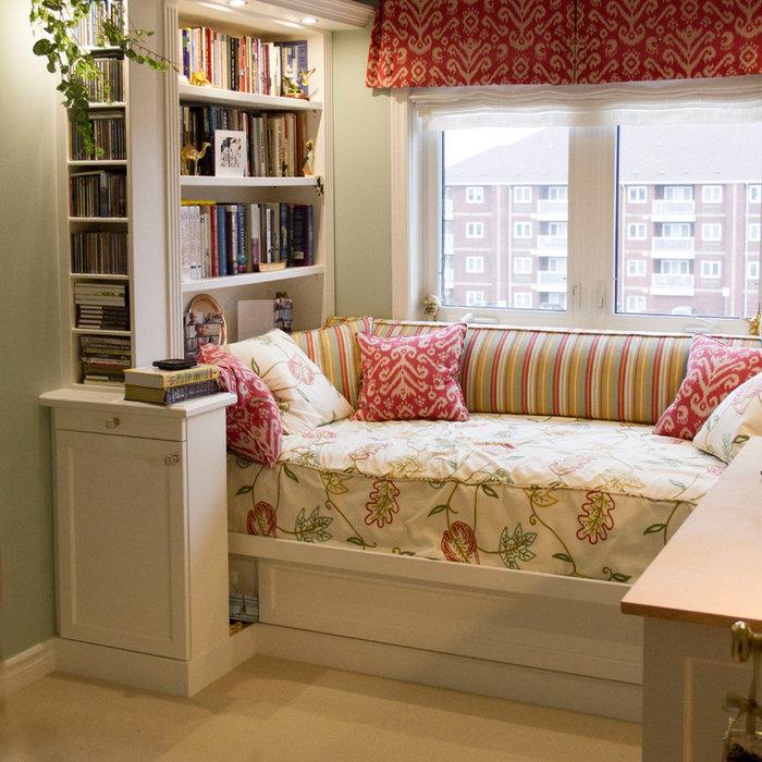 Custom Day Bed Built-in