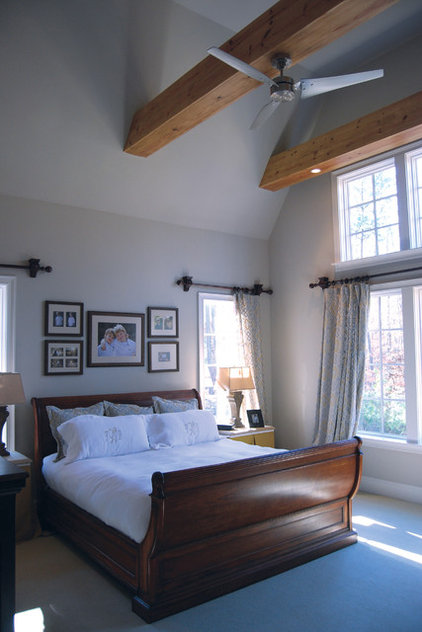 Traditional Bedroom by R LUCAS Construction and Design