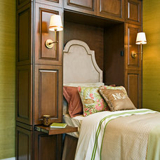 Traditional Bedroom by Closet Factory of Kentucky