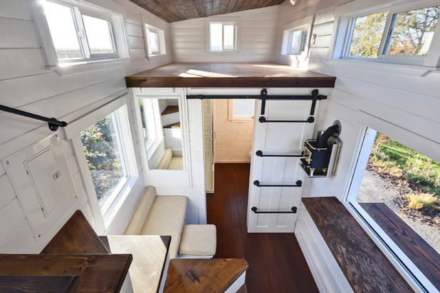 houzzbesuch wohnen auf knapp 28 qm in einem tiny house mit stil. Black Bedroom Furniture Sets. Home Design Ideas