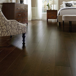Custom Wide Plank Wood Floors - Custom wide plank wood flooring by Shannon & Waterman. White oak flooring has prominent, straight grains and can produce many patterns, including flake figures, pin stripes, fine lines, and waves.