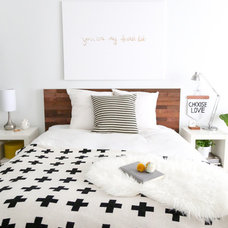 Contemporary Bedroom by Stikwood