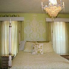 Traditional Bedroom Daughter's Bedroom