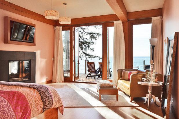 Contemporary Bedroom by Streamline Design Ltd. - Kevin Simoes