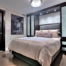 Contemporary Bedroom by Denise Calvo Interiors