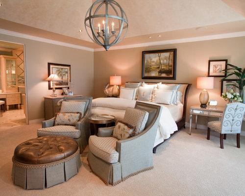 Contemporary bedroom idea in Houston