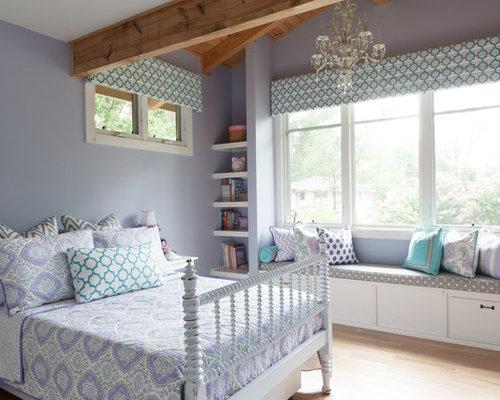 chambre campagne avec un mur violet photos et id es d co de chambres. Black Bedroom Furniture Sets. Home Design Ideas