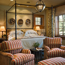 Traditional Bedroom by Harte Brownlee & Associates Interior Design
