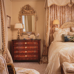 traditional bedroom by William R. Eubanks Interior Design, Inc.