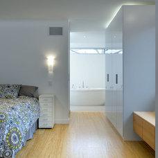 Contemporary Bedroom by LineBox Studio