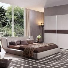 Modern Bedroom by LA Furniture Store