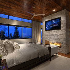 Contemporary Bedroom by Bridgwater Consulting Group