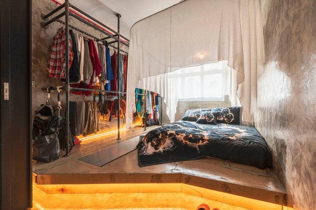 Industrial Bedroom by ERStudio Pte Ltd