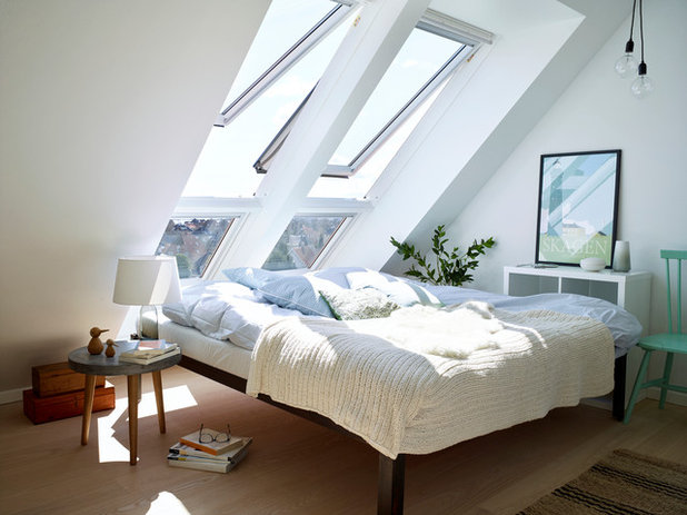 Scandinavian Bedroom by VELUX