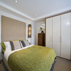 contemporary bedroom by Design-OD