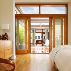 Contemporary Bedroom by etA ARCHITECTURE