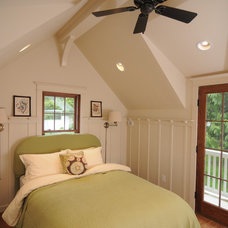 Traditional Bedroom by Method Homes