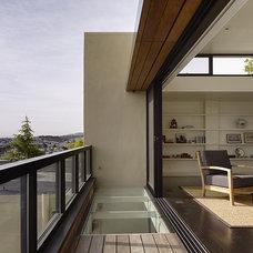 Modern Bedroom by V  & Company, Fine Builders